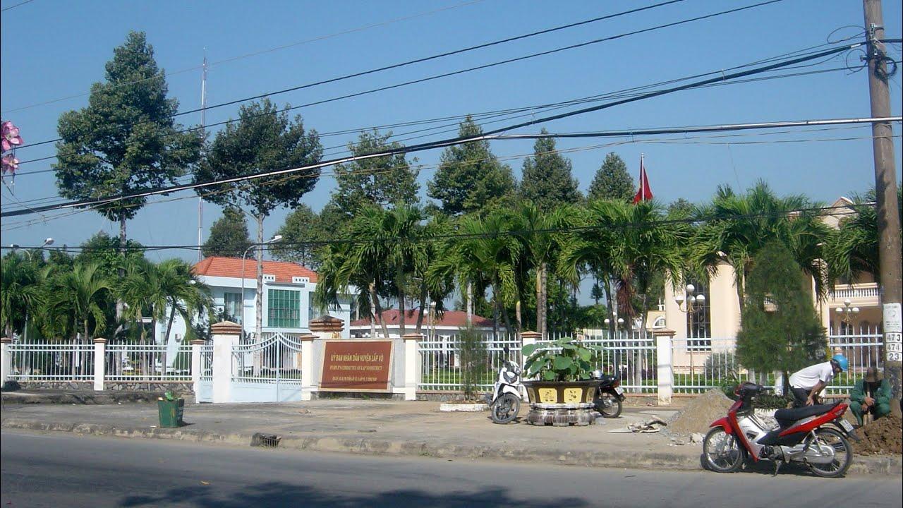 Ủy ban nhân dân huyện Lấp Vò